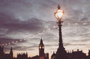 Valgusketid linnas